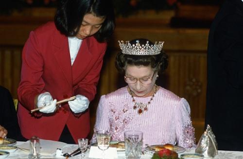 Chế độ ăn để có sức khỏe vàng của Nữ hoàng Elizabeth - 3