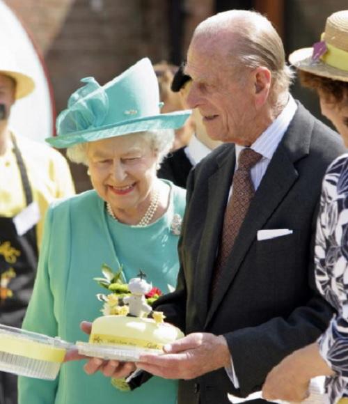 Chế độ ăn để có sức khỏe vàng của Nữ hoàng Elizabeth - 4