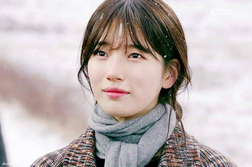 Suzy không được đánh giá cao về mặt diễn xuất.