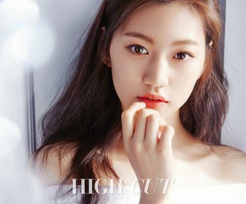 Nét tinh nghịch của Kim Do Yeon được đánh giá rất giống Mợ chảnh Jun Ji Hyun.