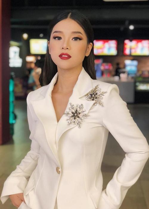 Thanh Hằng ra dáng chị đại cạnh Hoàng Yến Chibi, Jun Vũ - 4