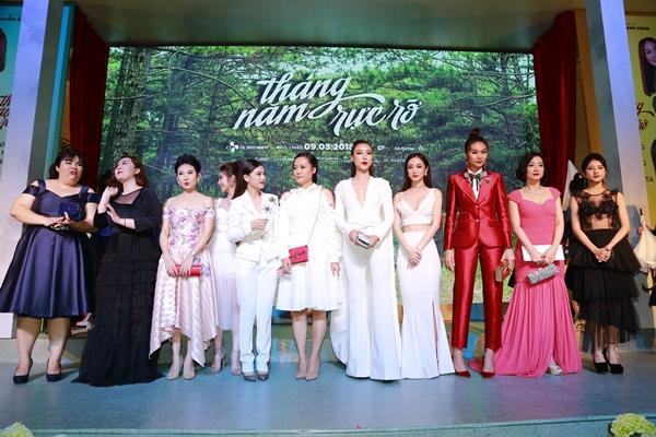 Thanh Hằng ra dáng chị đại cạnh Hoàng Yến Chibi, Jun Vũ