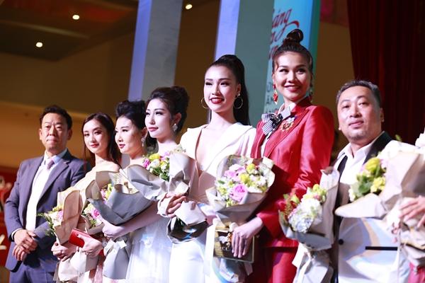 Thanh Hằng ra dáng chị đại cạnh Hoàng Yến Chibi, Jun Vũ - 9