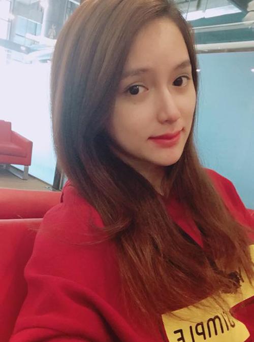 Nhan sắc khi rũ phấn son của Hương Giang và các thí sinh Hoa hậu chuyển giới - 1
