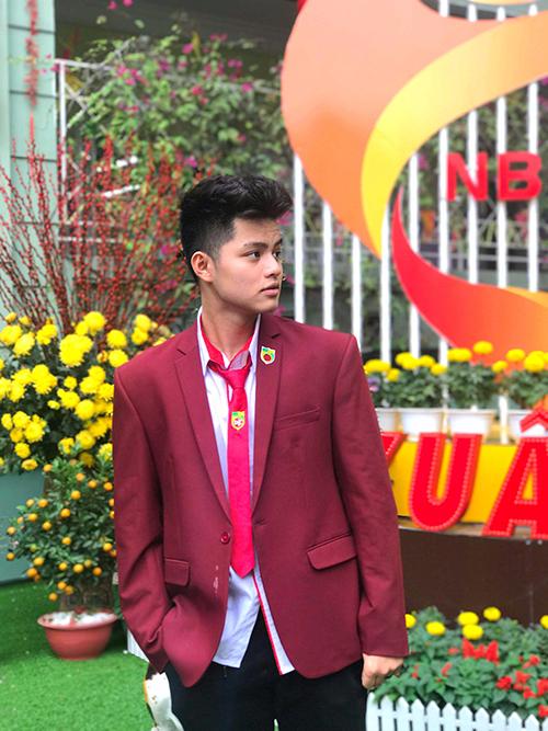 Hot boy, hot girl trường Nguyễn Bỉnh Khiêm so kè độ hot - 3