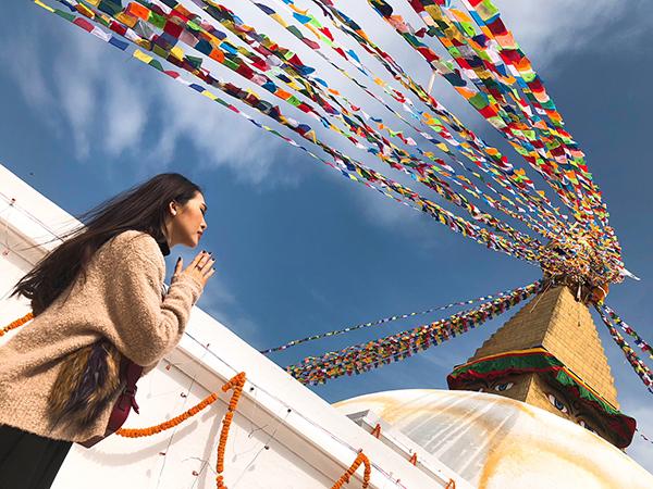 Tường Linh du lịch Nepal cùng cô bạn thân tại Hoa hậu Liên lục địa - 4