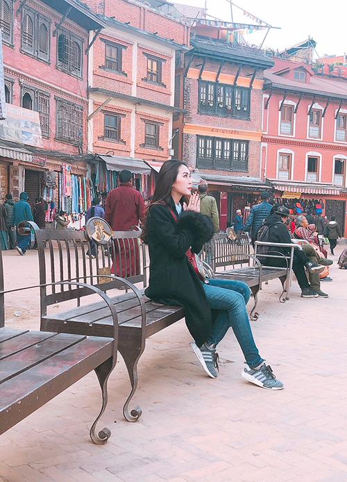 Tường Linh du lịch Nepal cùng cô bạn thân tại Hoa hậu Liên lục địa - 7