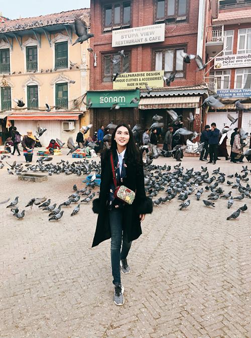 Tường Linh du lịch Nepal cùng cô bạn thân tại Hoa hậu Liên lục địa - 5