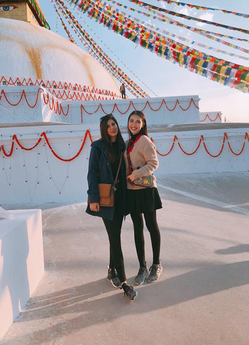 Tường Linh du lịch Nepal cùng cô bạn thân tại Hoa hậu Liên lục địa - 1