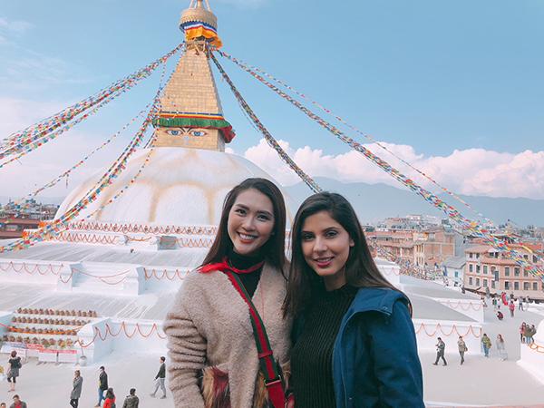 Tường Linh du lịch Nepal cùng cô bạn thân tại Hoa hậu Liên lục địa - 2