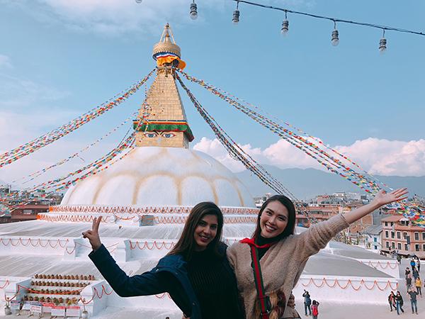 Tường Linh du lịch Nepal cùng cô bạn thân tại Hoa hậu Liên lục địa - 3