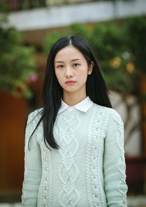 Hot girl Jun Vũ: Tôi phẫu thuật thẩm mỹ vì tự ti về số đo vòng 1