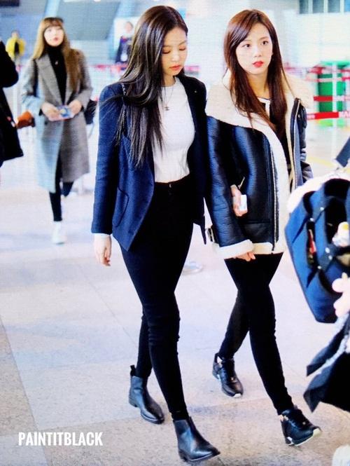 Dàn sao Hàn đồng loạt khoe style năng động tại sân bay - 2