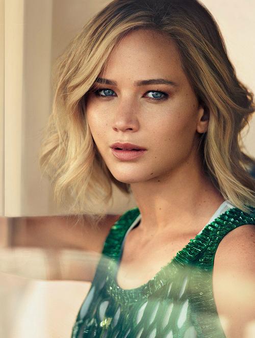 Jennifer Lawrence: cô nàng độc nhất vô nhị ở Hollywood - 1