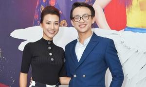 Hoàng Oanh tiết lộ người đàn ông đầu tiên khiến cô biết yêu