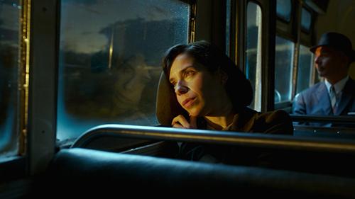 Phim hay nhất Oscar 2018 gây khó chịu vì cảnh nóng, cốt truyện vay mượn - 3