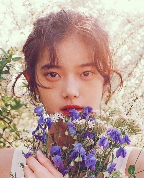 Nữ tân binh Kpop có vẻ đẹp trong veo như IU thứ hai - 4