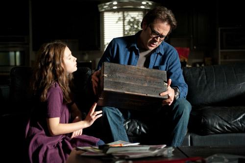 Chiếc hộp ma ám trong The Possession khiến cả đoàn làm phim khiếp sợ - 1