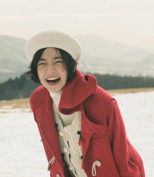 Nữ tân binh Kpop có vẻ đẹp trong veo như IU thứ hai - 7