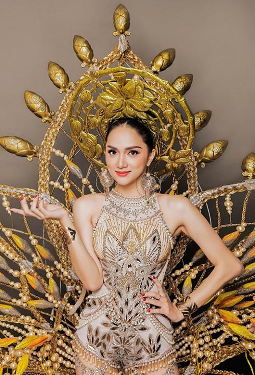 Những màn thể hiện xuất sắc của Hương Giang trước khi thành Hoa hậu chuyển giới - 6