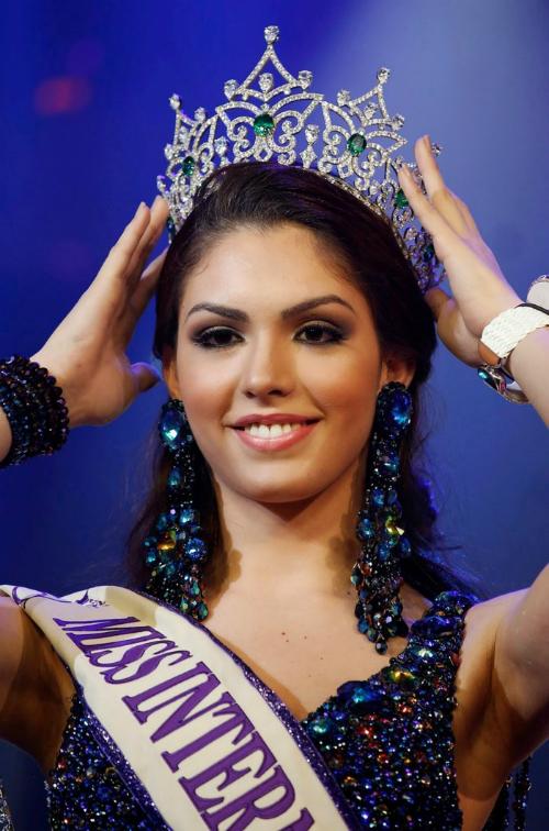 Nhan sắc 13 Hoa hậu chuyển giới quốc tế - 5
