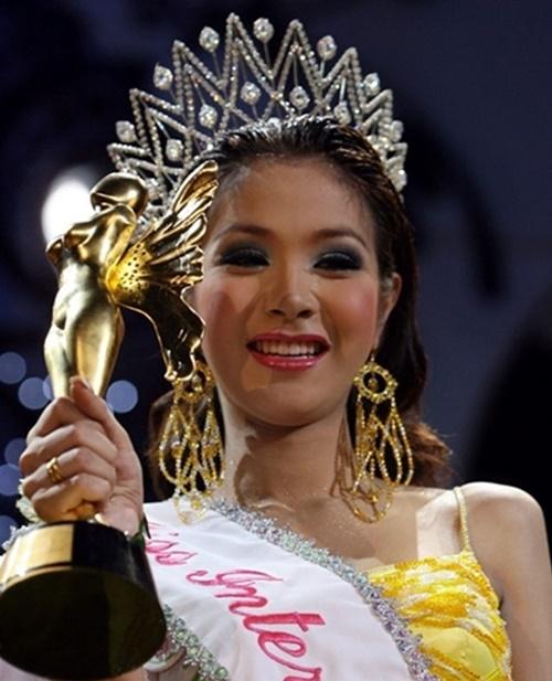 Nhan sắc 13 Hoa hậu chuyển giới quốc tế - 10