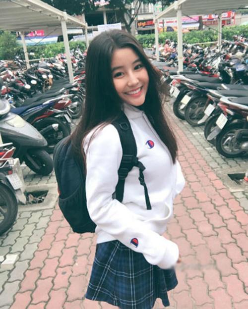 Nữ sinh Việt được báo Trung lẫn báo Hàn ca ngợi là nữ thần - 3