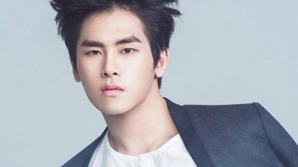 10 idol Hàn ngoài đời còn đẹp hơn trong ảnh - 7