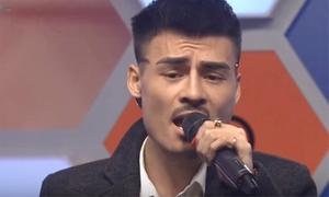 Hiện tượng livestream Hoa Vinh hát live trên truyền hình gây tranh cãi