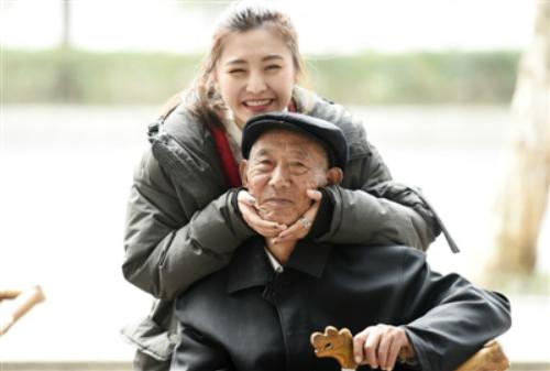 Đối với Xuewei, ông nội là người quan trọng nhất.