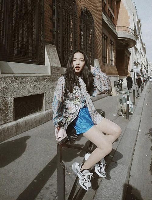 Street style long lanh ngày giao mùa của sao, hot girl Việt - 8