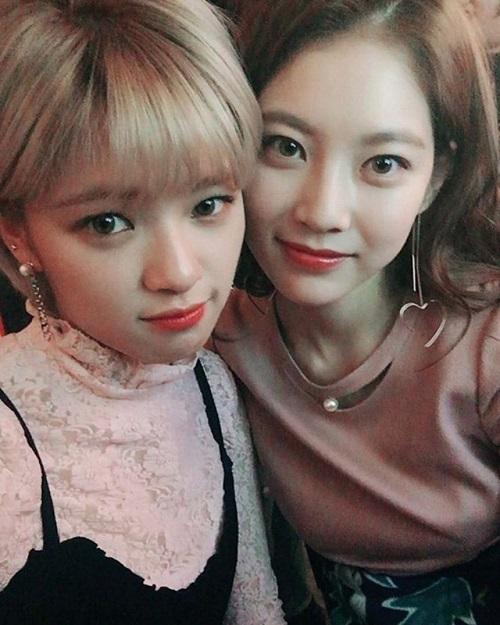 12 cặp chị em đẹp hết phần thiên hạ ở Kpop