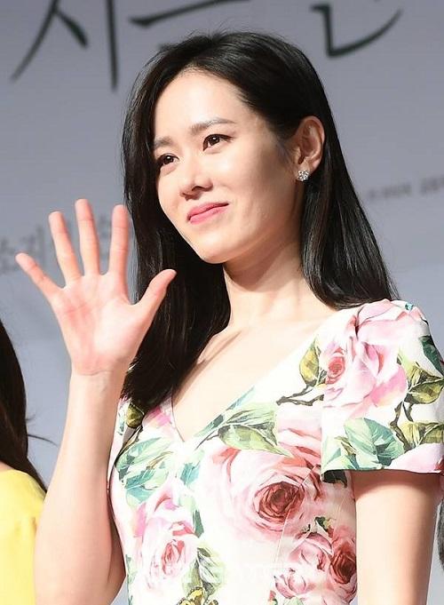 Nàng thơ Son Ye Jin sau hơn 20 năm vẫn là biểu tượng nhan sắc hàng đầu Hàn Quốc.
