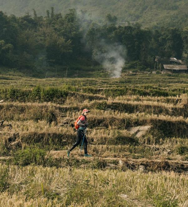 Tăng Nguyệt Minh trên một cung đường đầy thử thách mà chị từng đi qua.