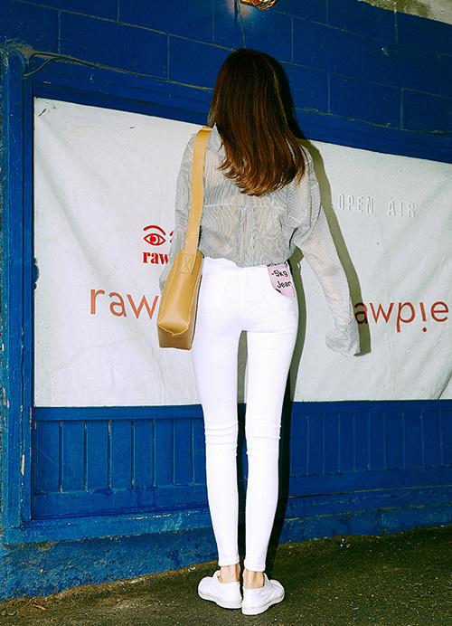Kiểu quần đặc biệt giúp con gái Hàn ai cũng chân thon dài - 3