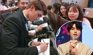 Văn Mai Hương, Bình An được fan Hàn xin chữ ký khi dự fan meeting Lee Dong Wook