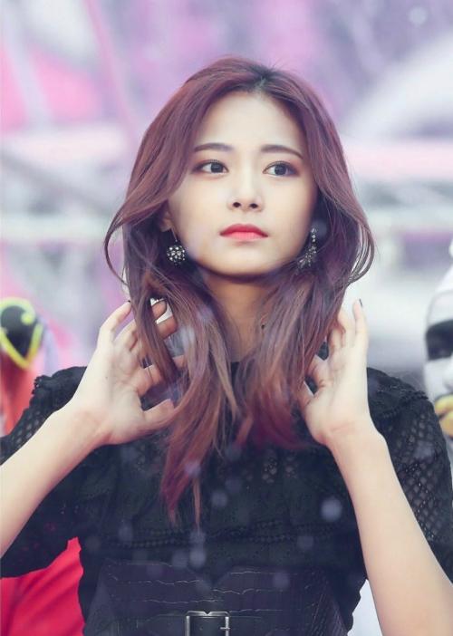 Twice áp đảo danh sách 20 idol nữ được nam giới Hàn mơ ước nhất - page 2 - 5