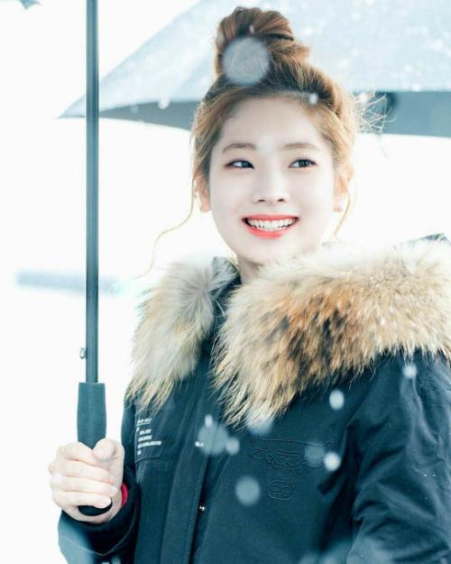 Twice áp đảo danh sách 20 idol nữ được nam giới Hàn mơ ước nhất - page 2 - 1