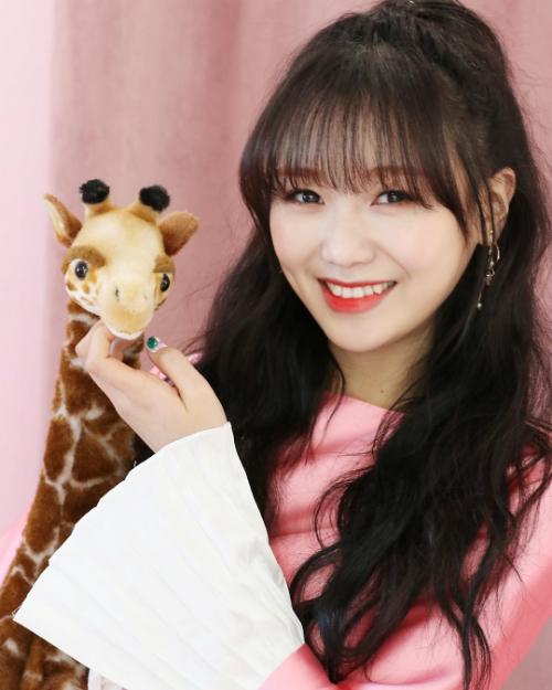 Twice áp đảo danh sách 20 idol nữ được nam giới Hàn mơ ước nhất - page 2 - 7