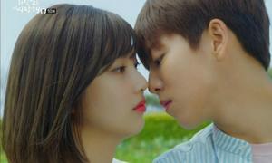 Những khoảnh khắc muốn quên nhất của idol Hàn khi đóng phim