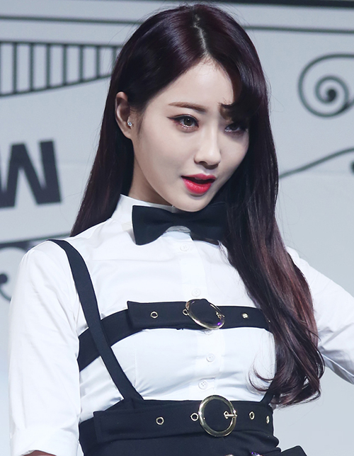 10 kiểu tóc bất hủ của sao Hàn con gái nên thử hè này - 2
