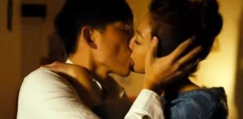 Song Hye Kyo chắc sẽ rất ghét những cảnh phim này của Song Joong Ki - 3