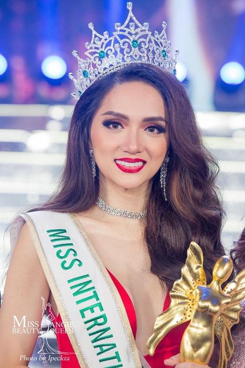 Hoa hậu Chuyển giới Quốc tế 2018 Hương Giang.