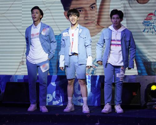 Tóc Tiên gợi cảm với trang phục không nội y - 5