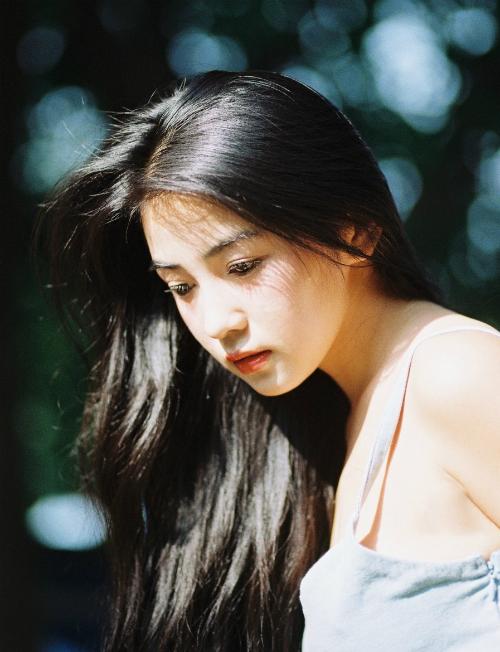 Vẻ đẹp cổ điển gây thương nhớ của 9x Trung Quốc - 1