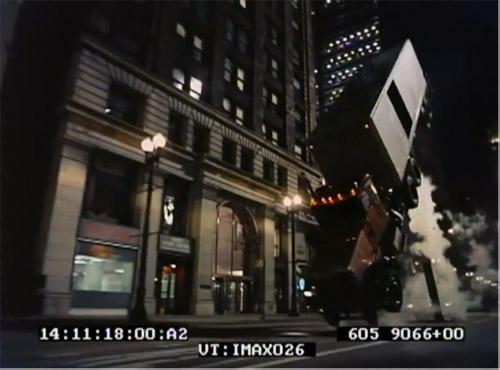 Cảnh điên rồ nhất phim Batman đã được thực hiện theo cách không tưởng