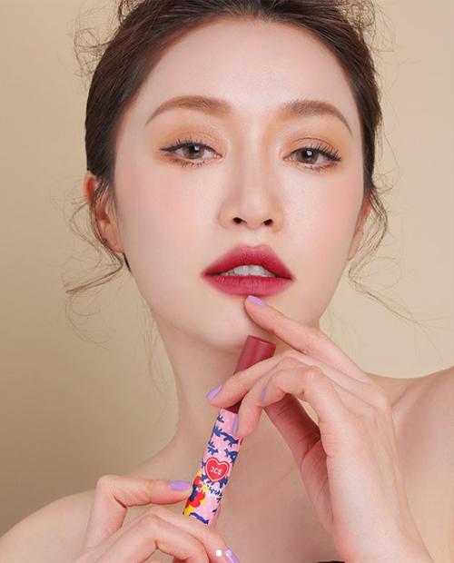 Chi Pu học mốt tô son bị chê thảm họa của hot girl số 1 Hàn Quốc - 3