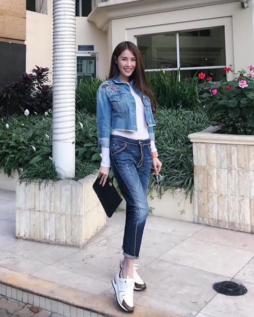 Street style mát mẻ chào hè của sao, hot girl Việt tuần qua - 7