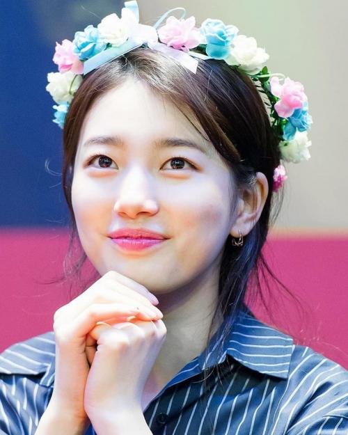 3 sao Hàn chuyên đánh son hồng sến rện vẫn xinh ngất như thường - 2