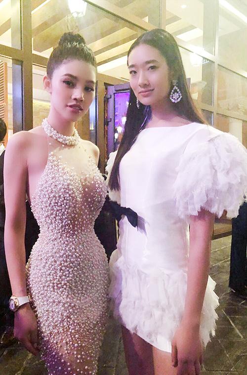 Jolie Nguyễn gợi cảm pose hình với Cổ Thiên Lạc, Hyo Min - 5